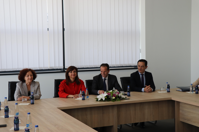 Kryetari i Gjykatës Supreme priti në takim Avokaten e Popullit të Shqipërisë